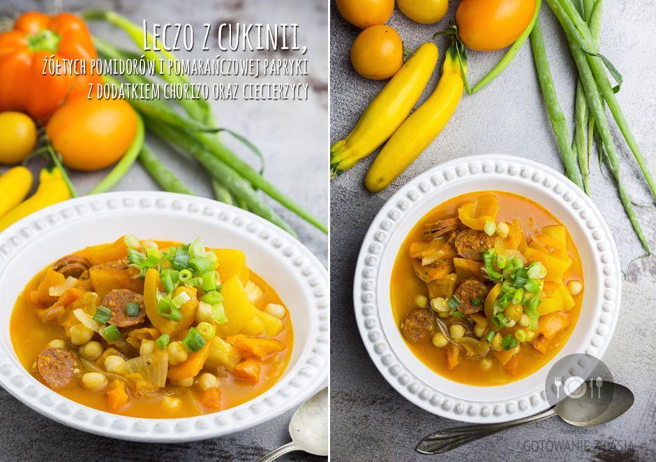 Leczo z cukinii, żółtych pomidorów i pomarańczowej papryki z dodatkiem chorizo oraz ciecierzycy