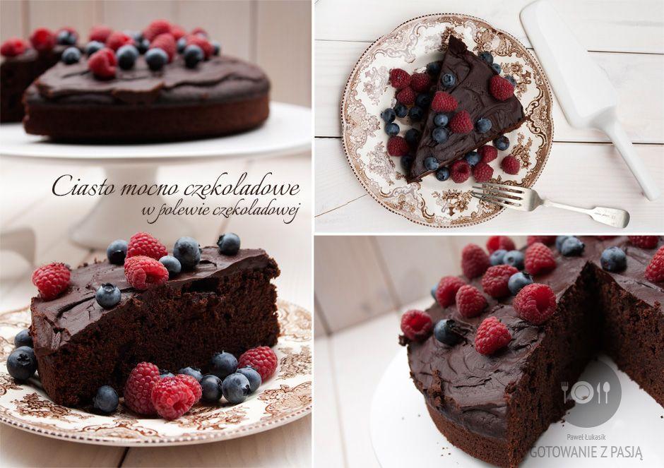 Ciasto mocno czekoladowe w polewie czekoladowej
