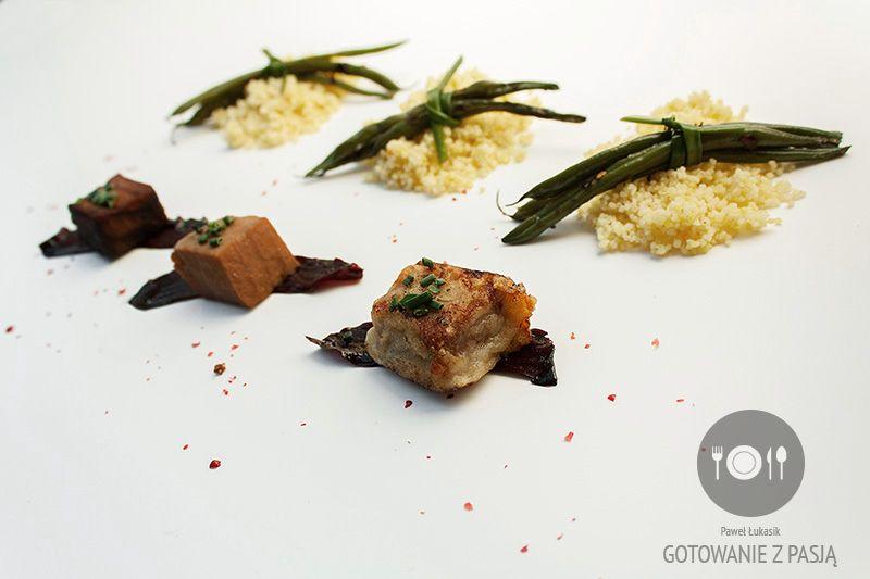 Sałatka z marynowanego tuńczyka w sosie sojowym na trzy sposoby