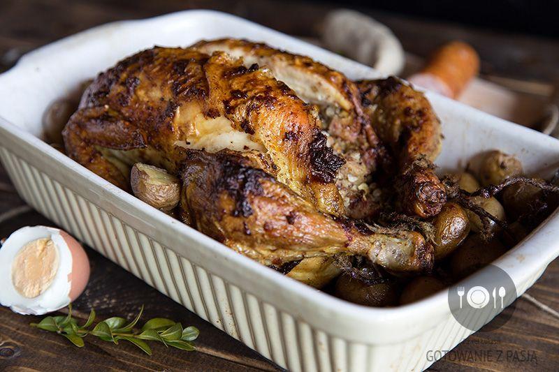 Pieczony kurczak z nadzieniem ze święconki